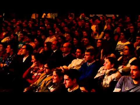 TEDxMontevideo 2012 - ROBERTO BALAGUER - Amo mi Celular y extraño mi Notebook