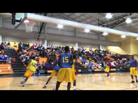 Courage in the Classroom 2010 - Sec. Arne Duncan and the Madison High School Basketball Team