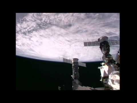 Expedition 28 Crew Records Video of Hurricane Irene from the ISS