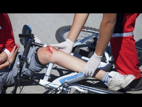 How to Treat a Puncture Wound | First Aid