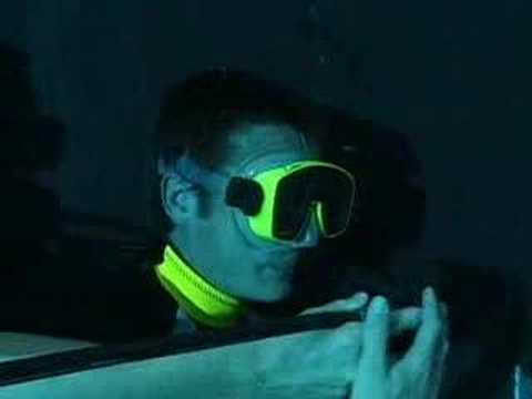 Top Gear - Wild car stunt - Top Gear underwater escape pt 1 - BBC