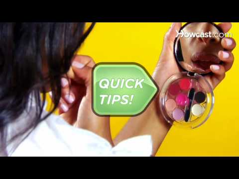 Quick Tips: How to Get Nude Lips
