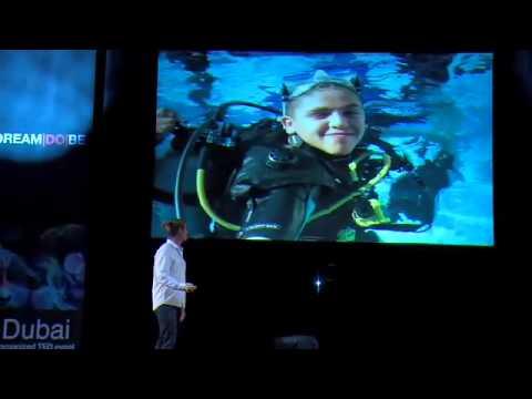 TEDxDubai -  Ernest VanderPoll - 10/10/09 [بالعربية]