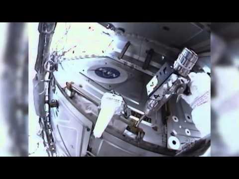 Station, Shuttle Crews Visit NASA Headquarters