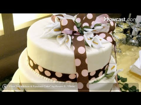 Wedding Cake: Pros and Cons of Fondant Cakes