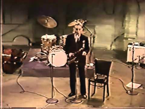 Lee Konitz:  Bird Lives at Jack Kleinsingers Highlights in Jazz
