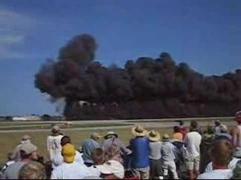 EAA 2006 simulated bombs, Oshkosh WI