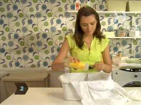 How To Launder Fabric With Red Wine Stains