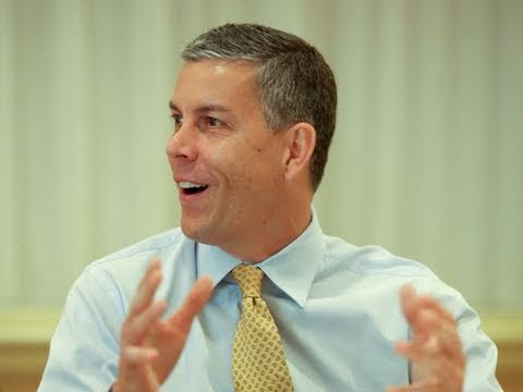 Sec. Duncan to Stump for Dems, But Says Education Not Partisan Issue