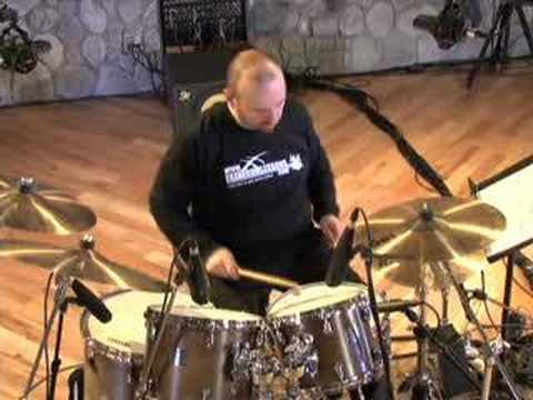 Seventeen Stroke Roll - Drum Lessons