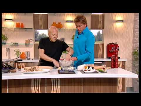 Ken Hom's beef stir fry part 2 - Saturday Kitchen - BBC