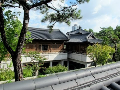 Would You Live in a Place Like This? - Korean Traditional House