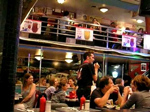 Ellen's Stardust Diner New York City:  That's Life