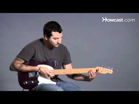How to Play Guitar: Beginners / Barre Chords: E Flat/D Sharp Major