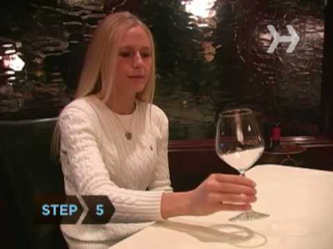 How To Choose the Correct Wine Glass