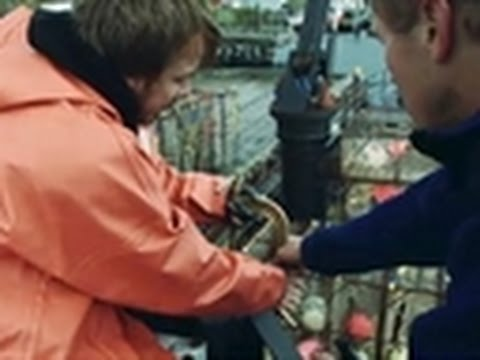 Deadliest Catch - Outfitting the Boats with Cameras