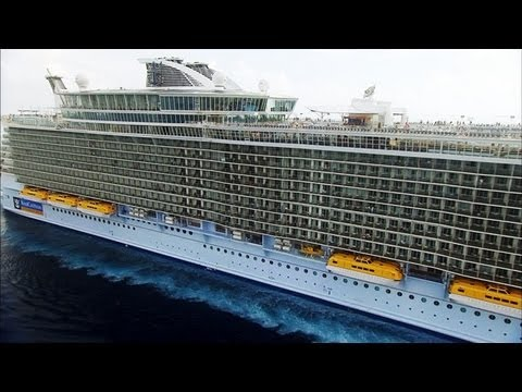 Mighty Ships - Oasis of the Seas: The Biggest Cruise Ship in the World