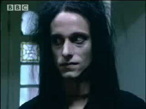 House-hunting goths - BBC