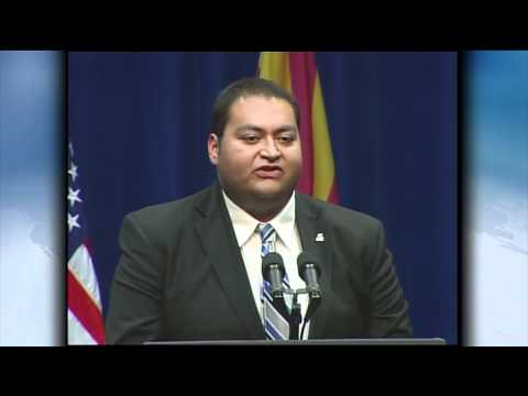 Giffords Intern Daniel Hernandez Addresses Tucson Memorial Service