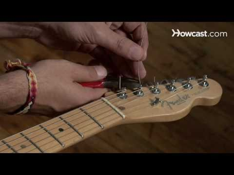 How to Play Guitar: Beginners / Restringing an Electric Guitar