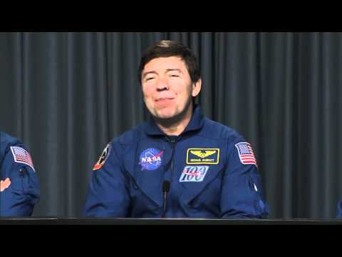 Shuttle Crew Briefs Media on Successful Mission