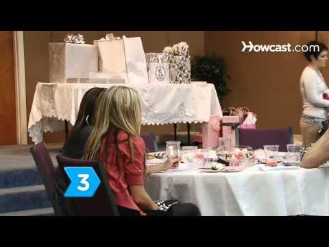 How to Follow Wedding Shower Etiquette