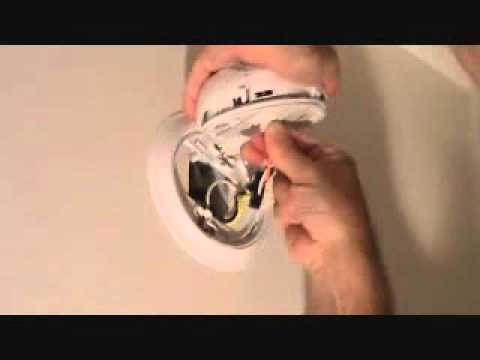 How to replace a smoke alarm detector
