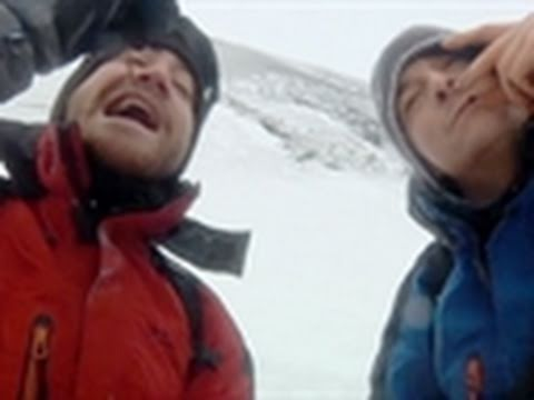 Man vs. Wild-Jake Gyllenhaal Eats a Worm