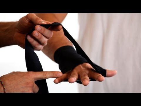 How to Wrap Your Hands, Part 1 | Boxing Lessons for Beginners