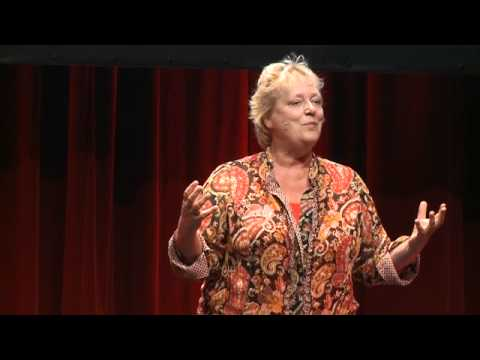 TEDxHamburg - Linda Polmann - What's Wrong With Humanitarian Aid? A Journalist's Journey