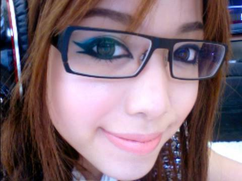 Chic Makeup For Glasses