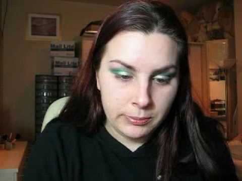 SEXY LAGOON BEACH EYES make up look w/turquoise