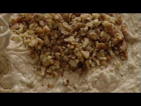 How to Make Banana Sour Cream Bread