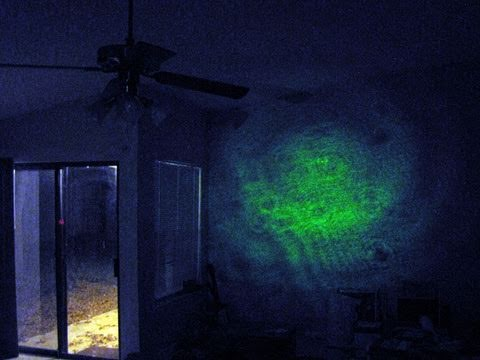 Make: Projects - Laser Projection Microscope