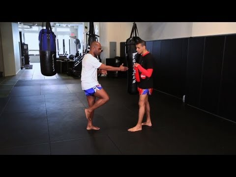 How to Knee Strike in Kickboxing | Muay Thai Kickboxing | MMA