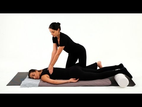 How to Give a Shiatsu Spinal Massage | Shiatsu Massage Techniques