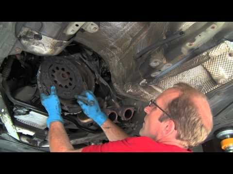 Replacing a BMW Self-adjusting Clutch & Dual-mass Flywheel Part 1 of 2