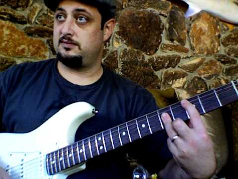 Lesson on chords on the guitar Fender stratocaster