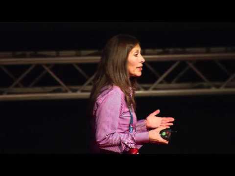 TEDxPura Vida 2012 - Liliana Madrigal - La conservación en la Amazonia y el Chamanismo