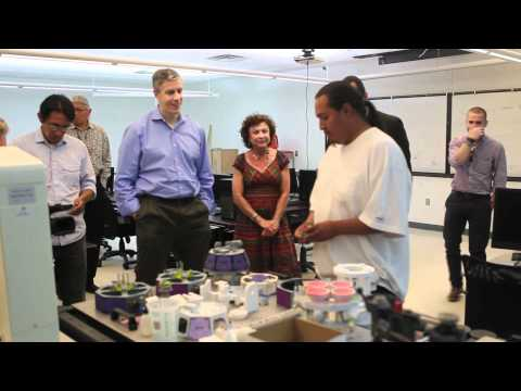 Secretary Duncan Visits Navajo Technical College