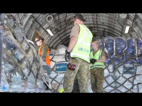 Operation Pakistan Assist II Loading AusAID emergency relief stores into RAAF C-17