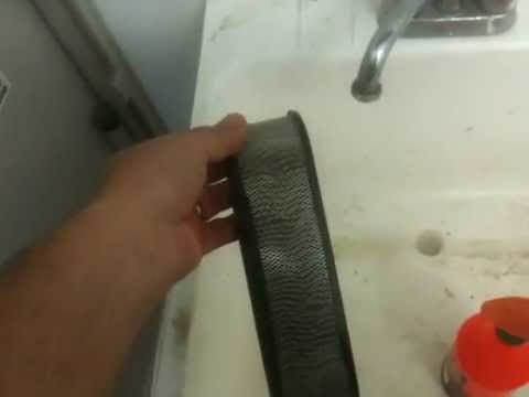 How to clean Lawnmower airfilter