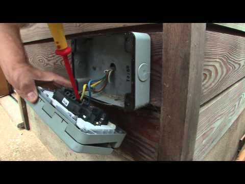 How To Work With An Outdoor Power Socket