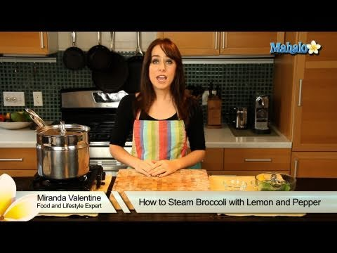 How to Steam Broccoli With Lemon and Pepper