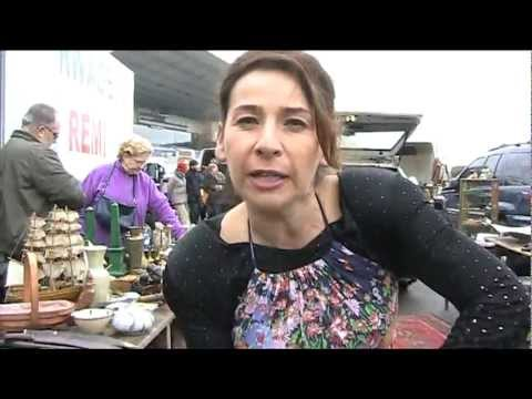 ANTIQUES MARKET - VINTAGE FASHION