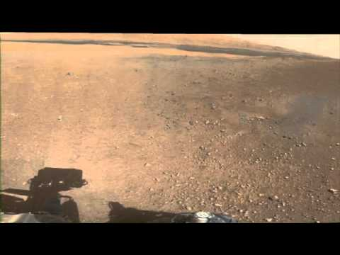 Curiosity's First Low-Resolution Color Panorama