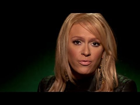Celebrity Ghost Stories - Kaya Jones - A Presence