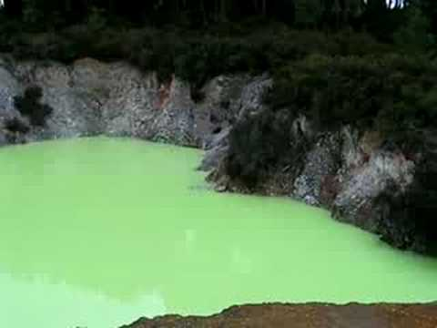 Green pool, New Zealand