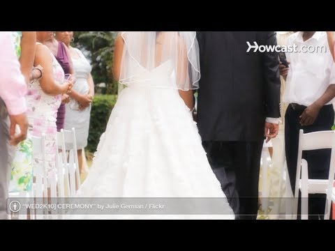 Wedding Ceremony: How to Walk down the Aisle to the Wedding March