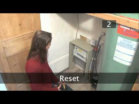 How To Reset A Fuse In A Circuit Breaker Unit